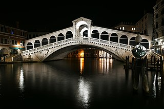 Rialto Bridge one of four bridges spanning the Grand Canal in Venice, Italy