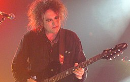 Robert Smith of The Cure live in Singapore 1 August 2007