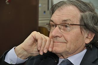 Mathematical Institute, University of Oxford - Sir Roger Penrose OM FRS is an emeritus professor at the institute.