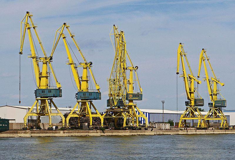 File:Romania-cranes-1611969.jpg