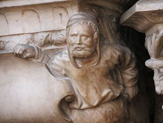 Roulland Le Roux - Sculpture there representing Roulland Le Roux on the mausoleum of Amboise
