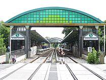 S-Bahn Buckower-Chaussee vom-Bahnuebergang-aus-gesehen LWS0425.jpg