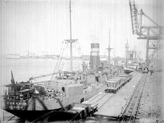 SS Iron Knob - SS Iron Knob at Newcastle Steel Works c.1924