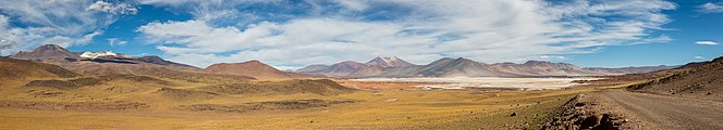 Salar de Aguas Calientes, Chile, 2016-02-08, DD 57-61 PAN.JPG