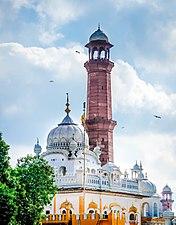 Samadhi of Ranjit Singh 123