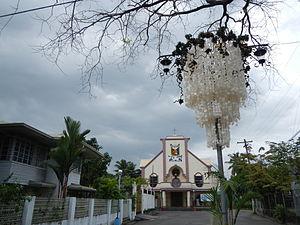 Samal, Bataan - Capiz shells street lights surround downtown