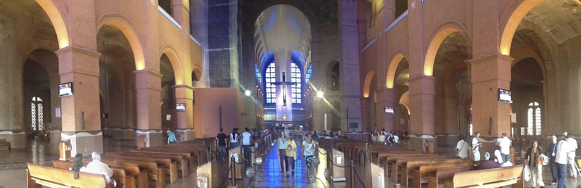 Santuário N. S. Aparecida - Aparecida SP (Interior) - panoramio (1).jpg