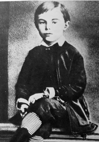 Scriabin-young