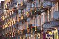 Skąpane w słońcu balkony ulicy Kościuszki foto Barbara Maliszewska.jpg