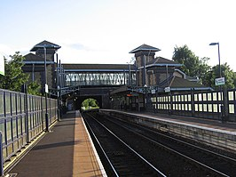 Smethwick Galton Bridge railway station.jpg
