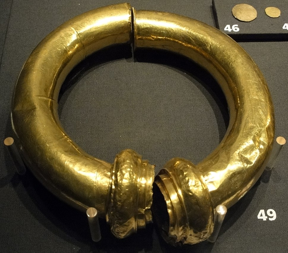 Snettisham treasure torc 1