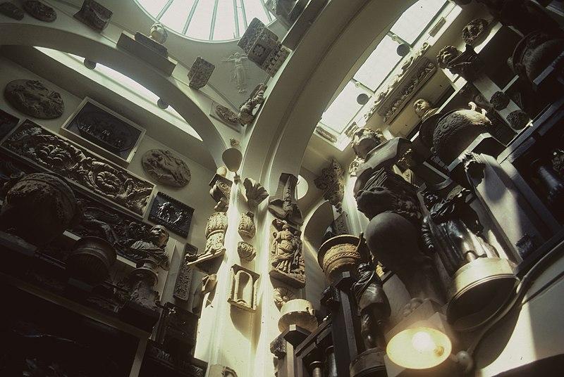 File:Soane museum gallery.jpg