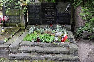 Stanisław Sosabowski - The resting place of General Sosabowski and his family, Powązki Military Cemetery, Warsaw