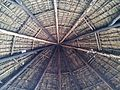 Sostre de palla d'una rèplica d'una casa de la cultura Chachapoyas al museu de Leimebamba.jpg