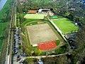 Sportanlagen neben dem Fernsehturm - geo.hlipp.de - 2920.jpg