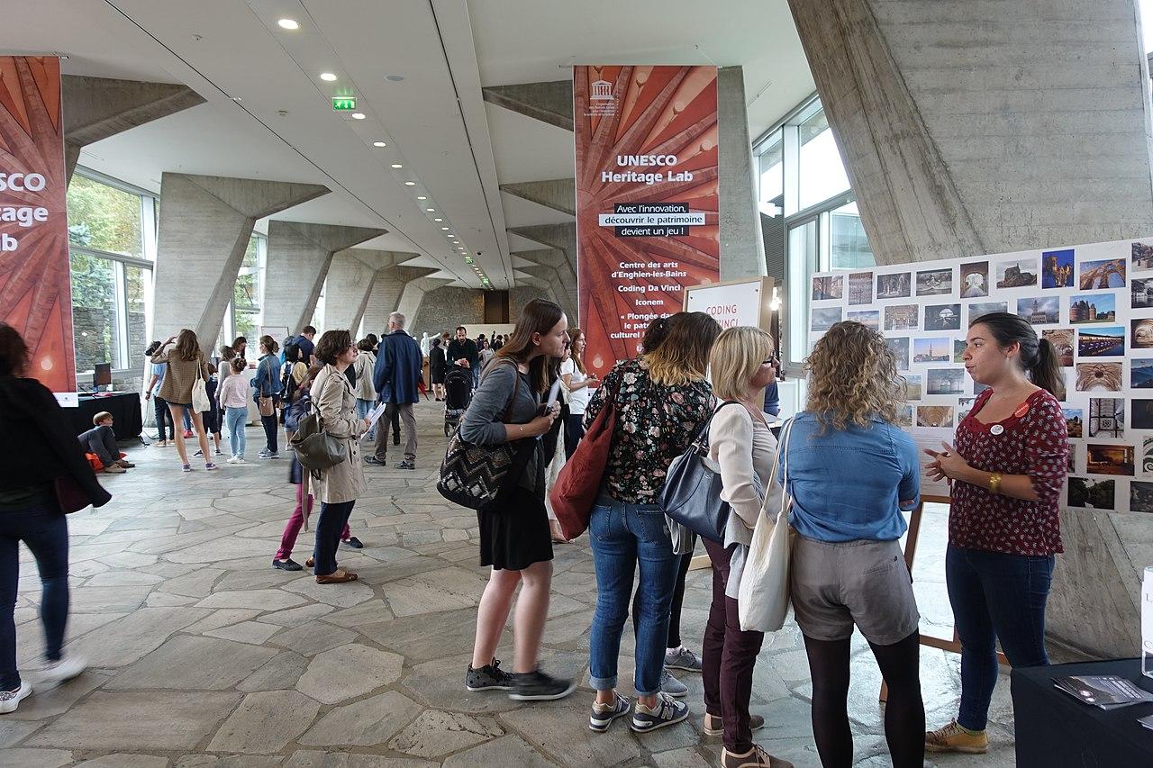 Wikimédia France et ArkéoTopia présentent le concours