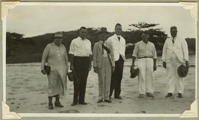 File:StateLibQld 2 241936 Queensland Attorney-General, Hon. J. Mullan on an official visit to Hammond Island, Torres Strait, 1935.jpg