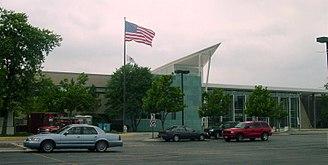 Stevenson High School (Lincolnshire, Illinois) - Image: Stevenson HS 1