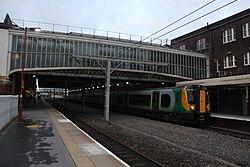 Stoke-on-Trent - WMT 350115 (London Midland livery).JPG