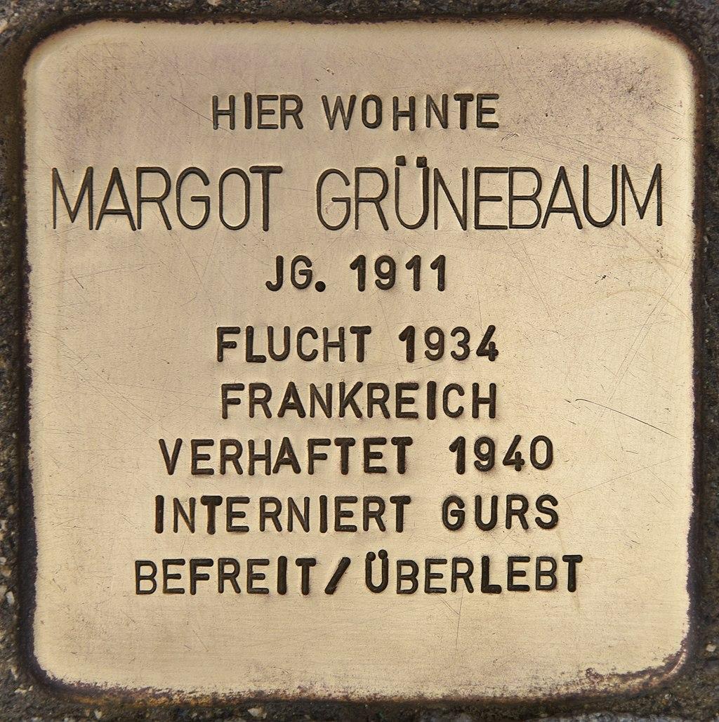 Stolperstein für Margot Grünebaum (Passau).jpg