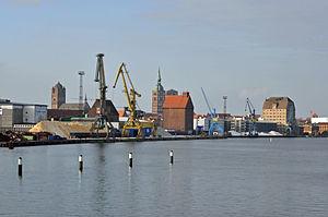 Stralsund, Hafen, 3 (2012-01-26) by Klugschnacker in Wikipedia.jpg