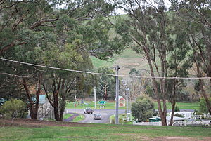 Strath Creek, Victoria - Looking towards the main intersection at Strath Creek from Pioneer Park
