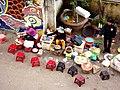 Street vender near Chùa Linh Phước - panoramio.jpg