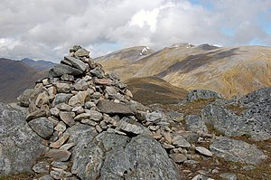 Summit cairn, An Socach - geograph.org.uk - 1319384.jpg