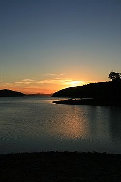Sun set over Lake Ouachita Arkansas 1580685252.jpg