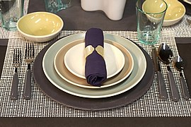 Table setting-01.jpg