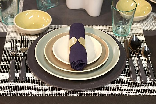 Table setting-01