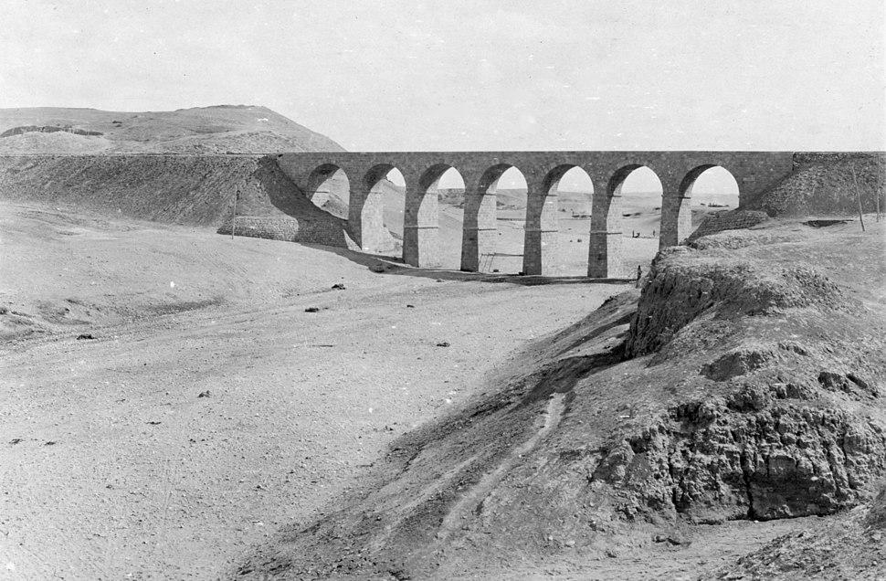 Tell-el-Sheria railway bridge in Palestine 1917