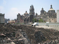 Templo Mayor and Cathedral.jpg