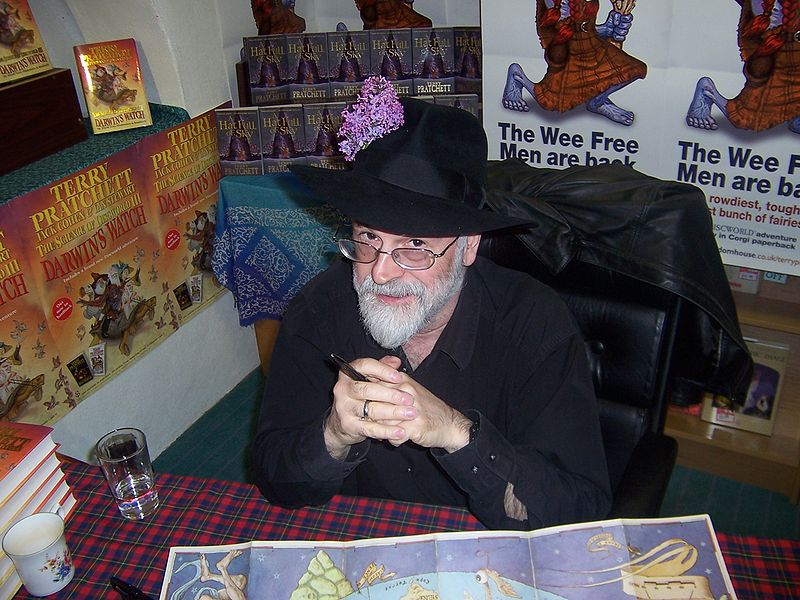 File:Terry Pratchett Hat.jpg