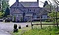 The closed Cavalier Inn (side view) - geograph.org.uk - 1147377.jpg