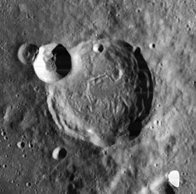 Thebit crater 4108 h1.jpg