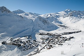 Tignes-winter.JPG
