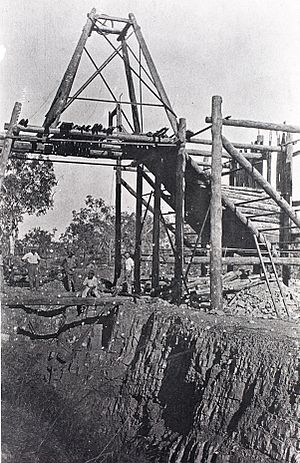 Harold Snell (Darwin businessman) - Harold Snell's the tin mine at Maranboy.