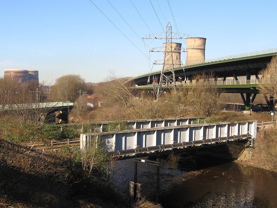 Tinsley - River Don bridges