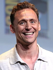 Hiddleston dum 2016 en San Diego Comic-Con