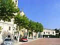 Torrelles de Foix, plaça de l'esglèsia - panoramio.jpg