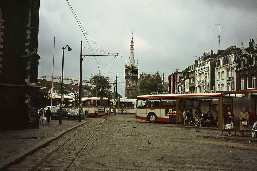 Old tram loop around the church in Tourcoing 1981. Shortly there after the trams no longer used the loop.