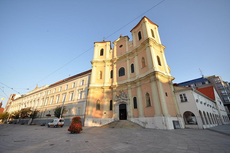 Trinitarian Church of Bratislava (10267484535)