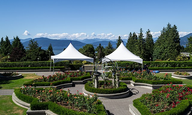 File Ubc Rose Garden Wikimedia Commons