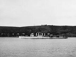 USS Farenholt (DD-332) in the 1920s.jpg