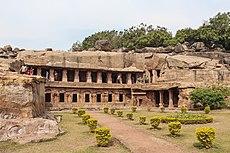 Udayagiri Caves - Rani Gumpha 01.jpg
