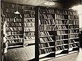 Utlånsrommet - biblioteket i Læseforening for Kvinder, Parkveien 62 (15394277596) (cropped).jpg
