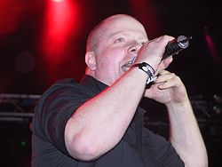 VNV Nation Blackfield on July 15, 2005.jpg
