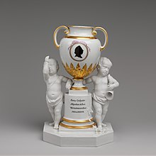 Fürstenberg vase remembering Dalbergs elections im 1787 as Coadjutor in Mainz and Worms (Collections of the Metropolitan Museum of Art) (Source: Wikimedia)
