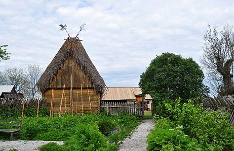 Vike minnesgård örtträdgården Gotland.jpg